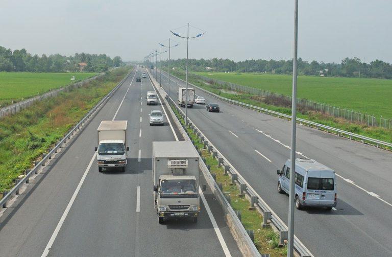 Hàng loạt tuyến đường giao thông mở rộng xung quanh TP HCM
